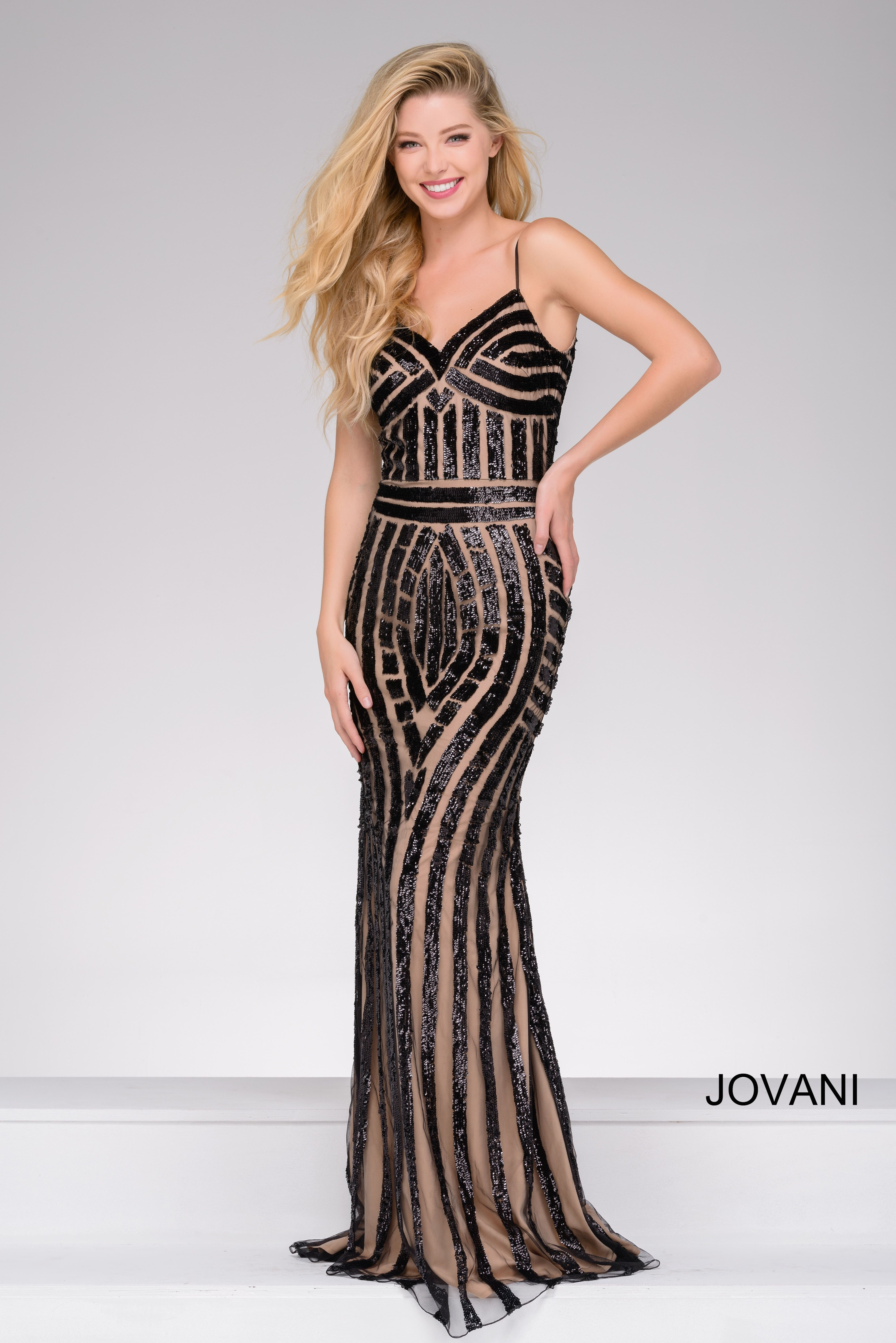 Follow the lines of Jovani style 41790 available at WhatchamaCallit ...