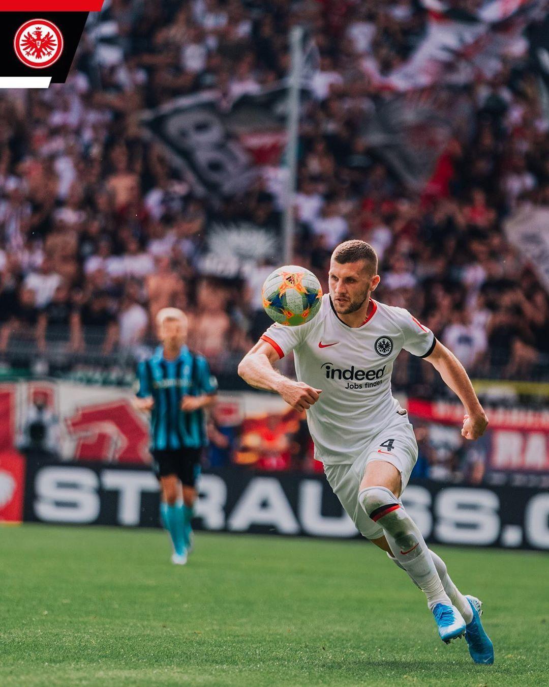 12 29 Min Brauchte Anterebic Fur Seinen Hattrick Sgefact Sge Eintracht Frankfurt Eintrachtfrankfurt Eintracht Frankfurt Eintracht Frankfurt