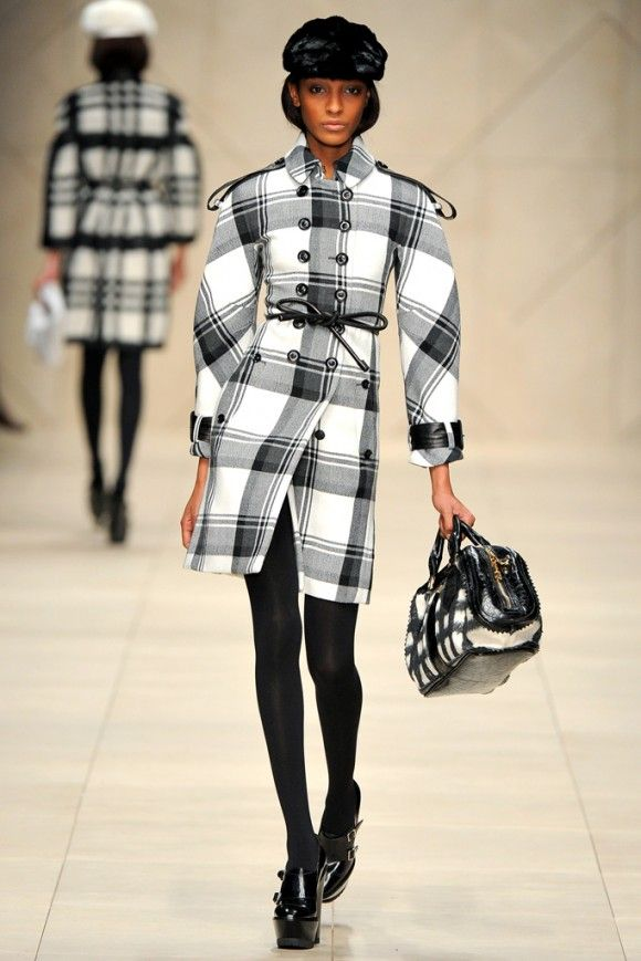 Burberry Prorsum Fall 2011 Ready-to-Wear Collection 54