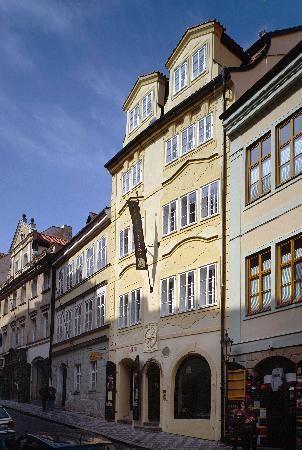The Golden Wheel Prag