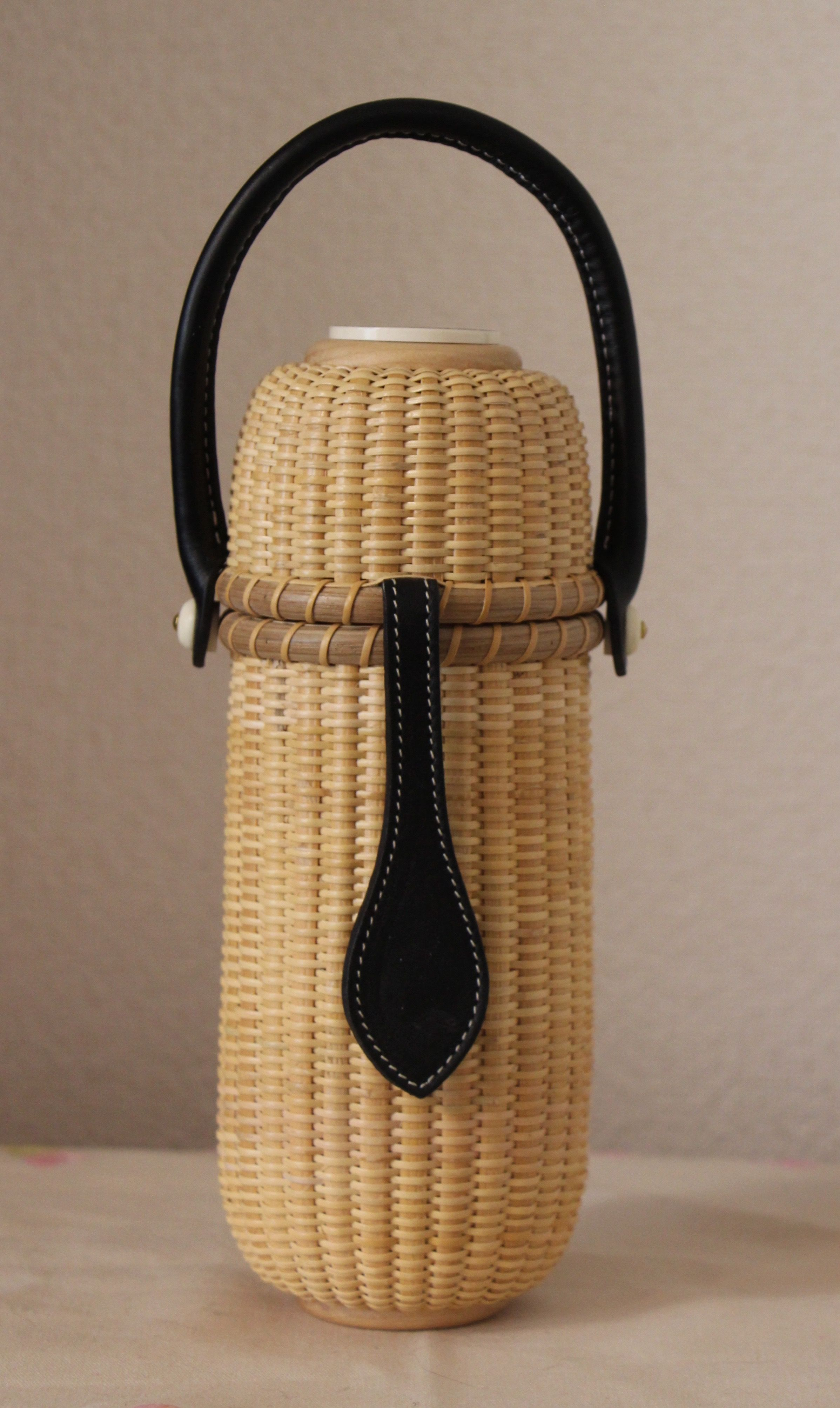 Handmade Nantucket Basket : Nantucket basket inch round bottle keeper handmade
