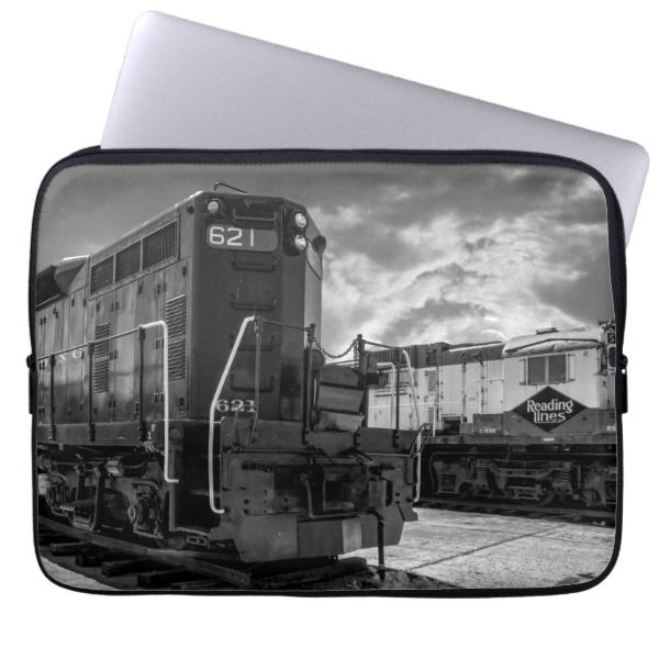 Big Train Engine in Black and Whit Laptop Sleeve | Zazzle.com