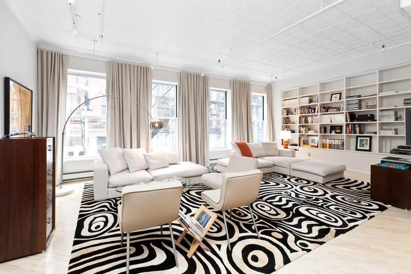 European Styled Manhattan Apartment Apartment Living Room Design Apartment Interior Black And White Living Room