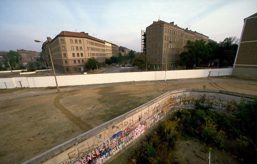 View From West Berlin Toward Bernauer Street In East Berlin 1980 West Berlin East Berlin Berlin
