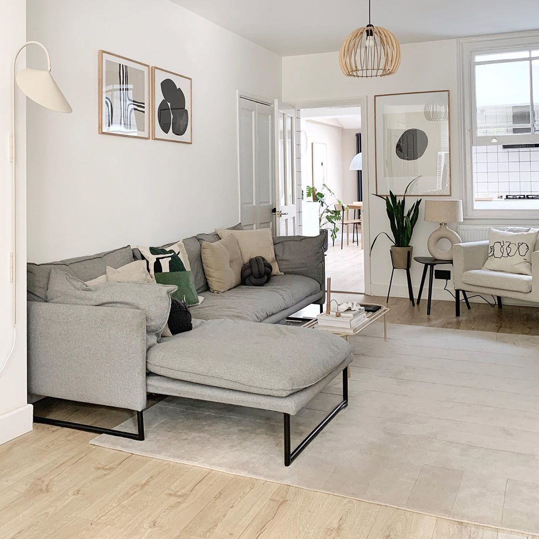 Katie On Instagram Design Template I Keep It Simple Planning Rooms That Have A Focus On One Statement Piece Of Furniture And All In 2020 Furniture Room Design