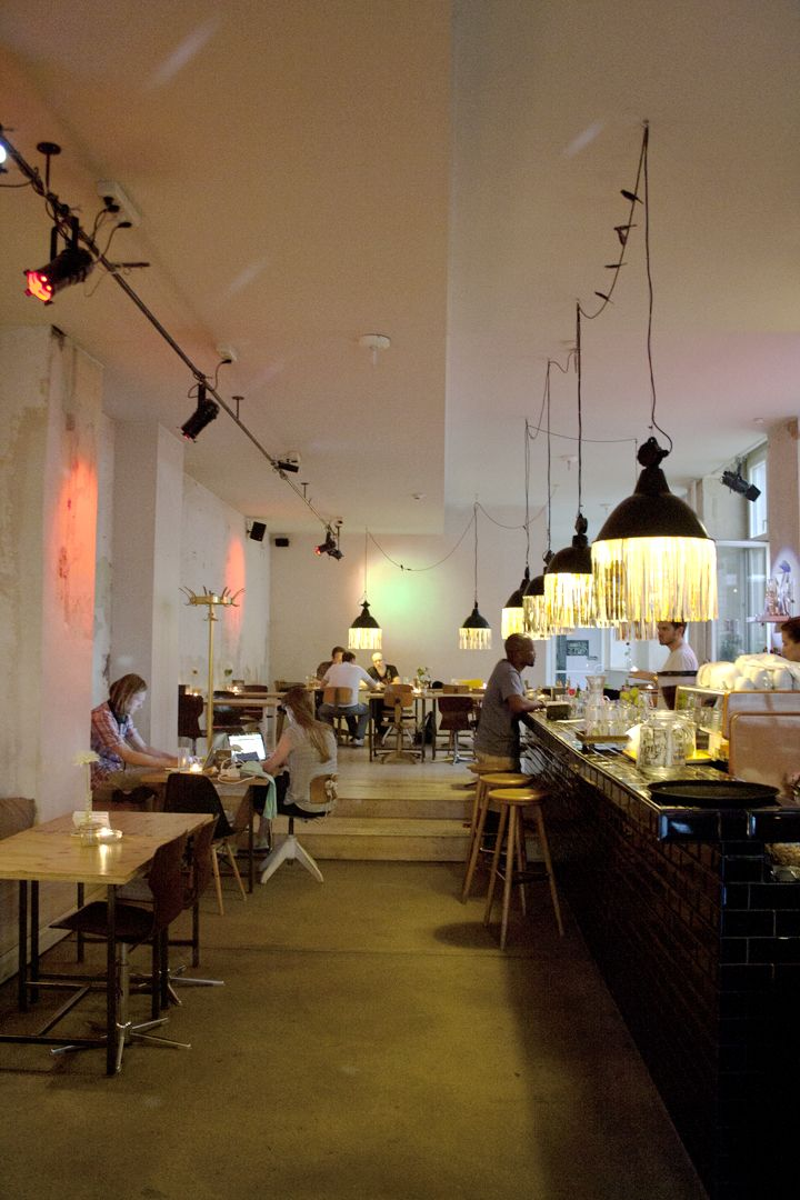 The Michelberger Hotel And Adjoining Honolulu Bar Berlin Med Billeder