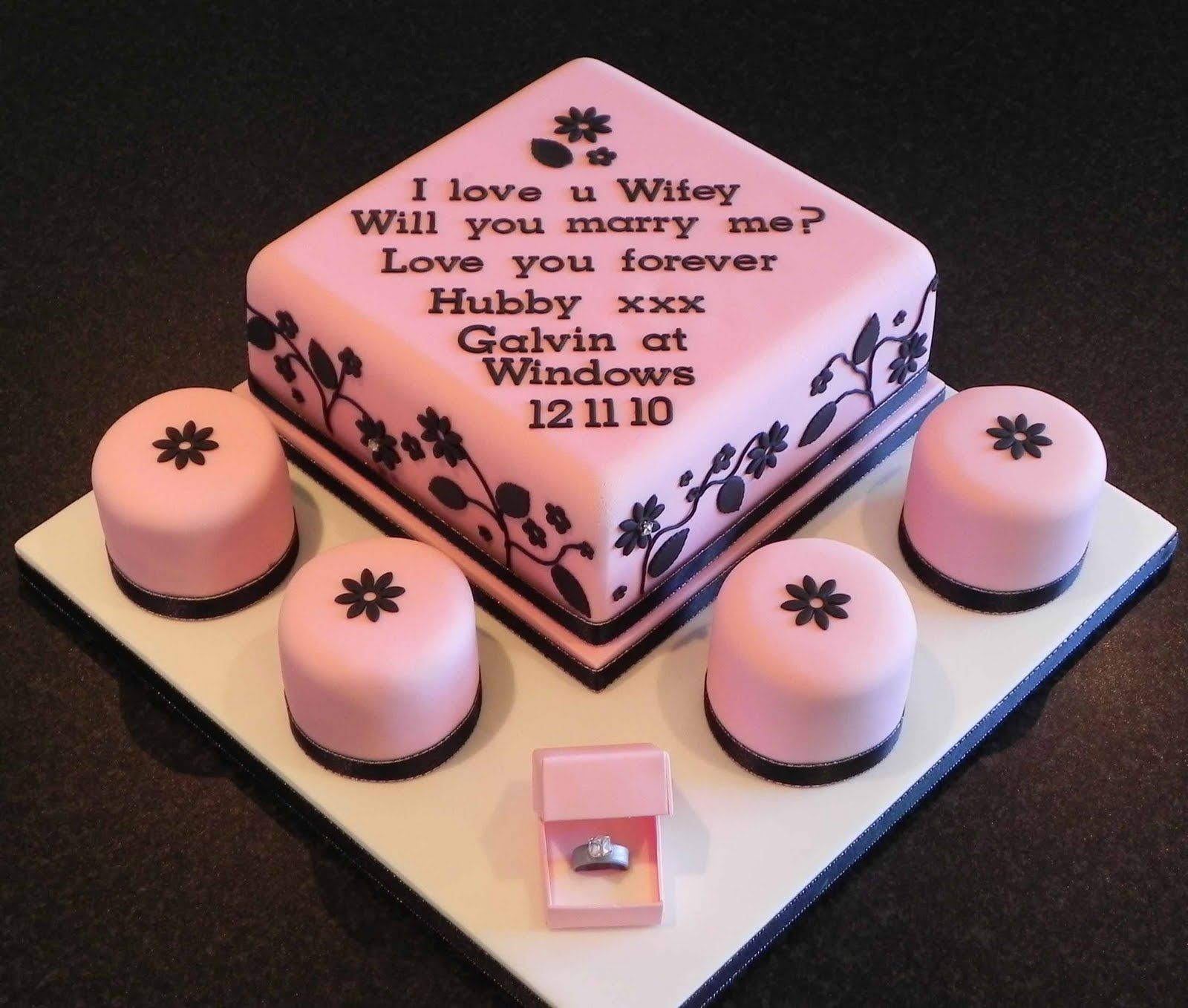 wedding cake idea, not pink though.... | Ideas for our Vow ...