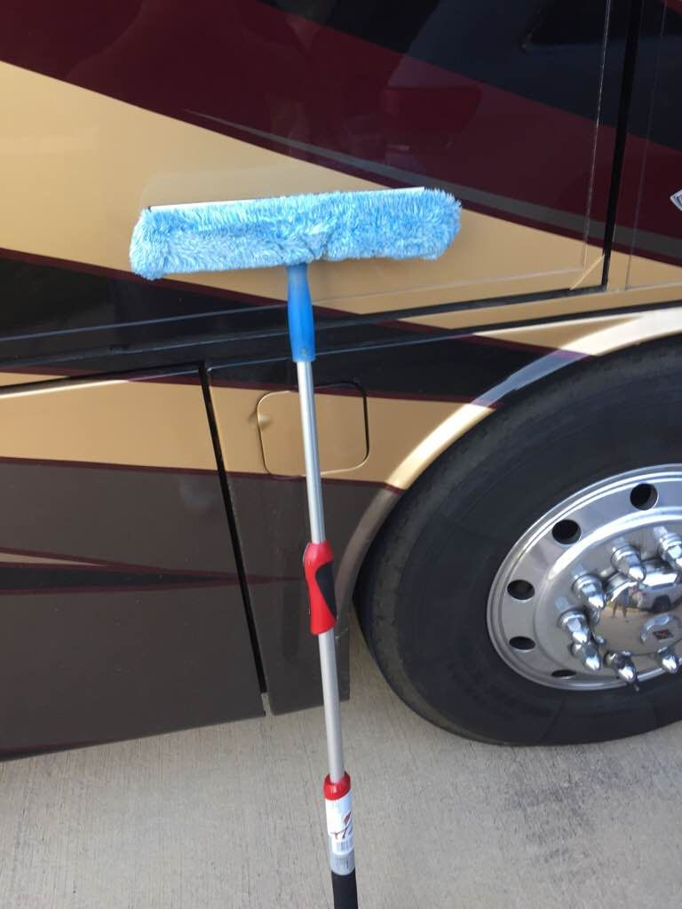 5 Ways To Clean Bugs Off The Front Of Your RV Best glass