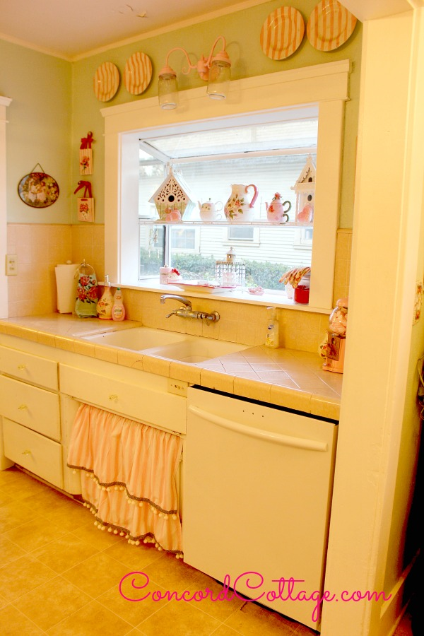 Farmhouse Kitchen Sink Skirt I made from a crib bedskirt. #Farmhouse #SinkSkirt #KitchenSkirt