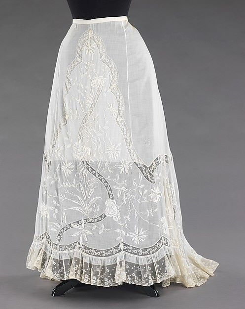 1900, France Cotton and linen petticoat MET Museum