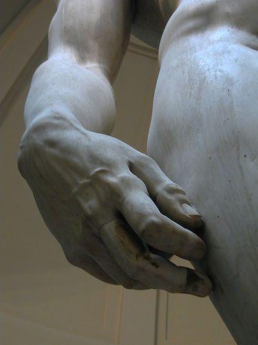 """Detalles en la mano del """"David"""" - #angel #arte #david #escultura #miguel"""