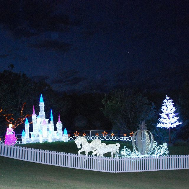 The Active Mum Hunter Valley Christmas Lights Spectacular Christmas Lights Outdoor Christmas Christmas Display