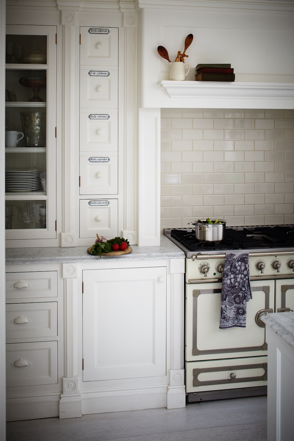 Leopoldina Haynes kitchen, cabinetry by Charlie Kingham | .♥ my ...