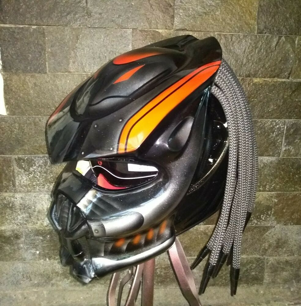Awesome Bold Red Stripe Predator Street Fighter Helmet Ece Approved