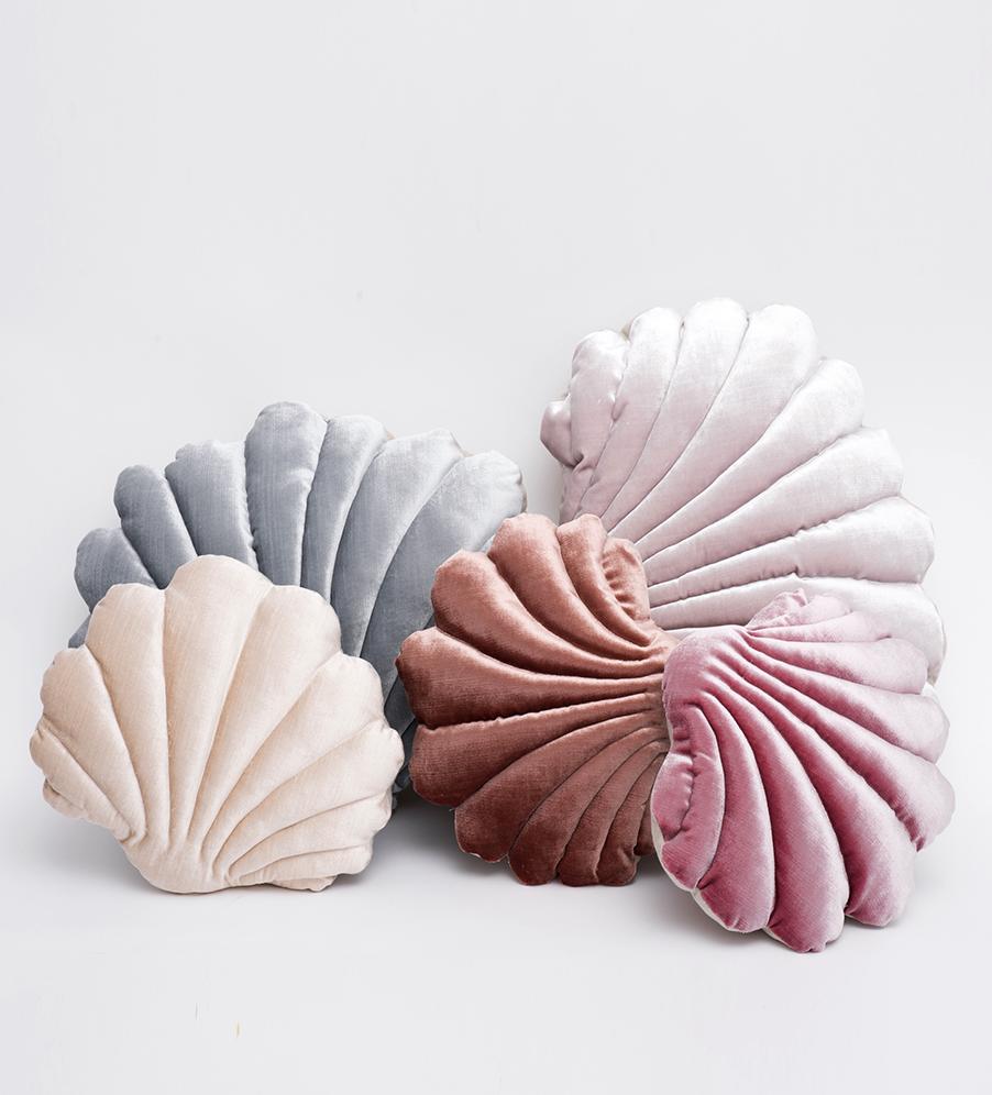 linen large shell pillow