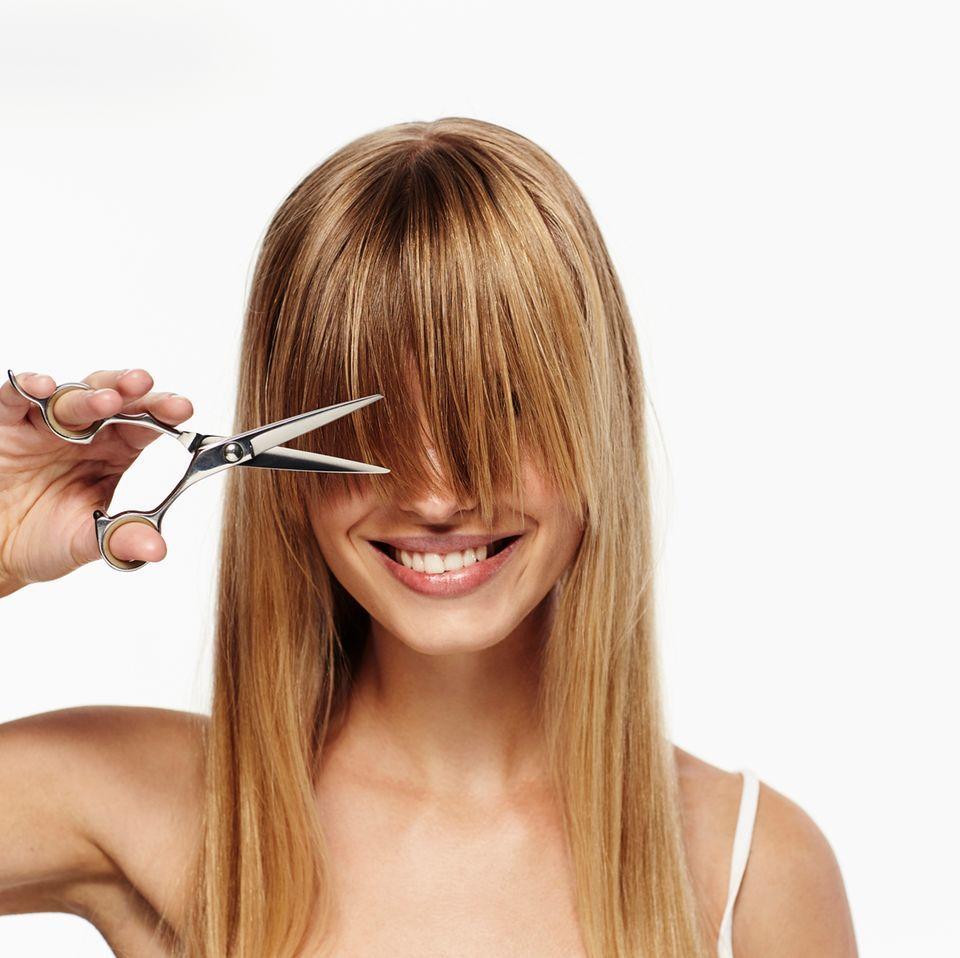 Frisur ab 40: Warum schneiden sich alle Frauen die Haare