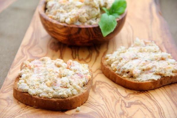 Kuchnia W Wersji Light Pasta Kanapkowa Z Lososia Wedzonego I Jajek Food Breakfast Pasties