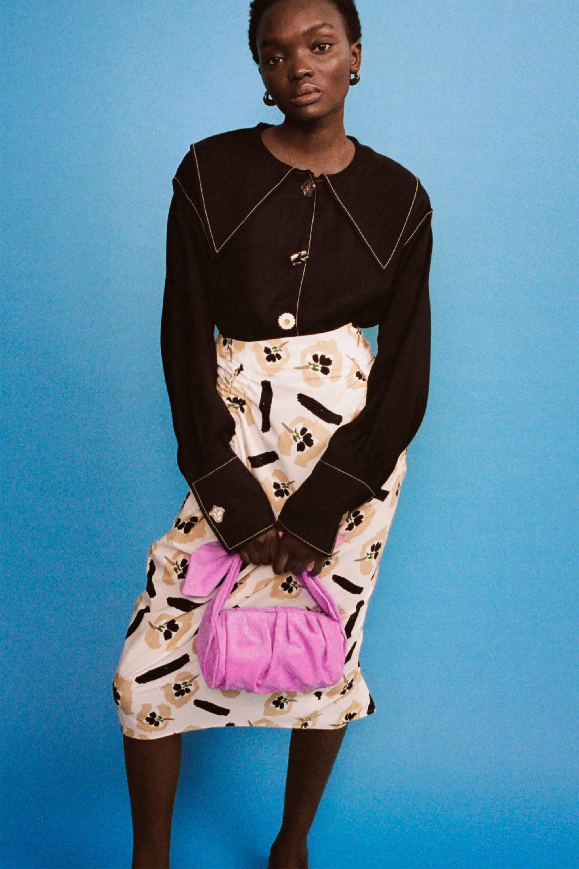 Download Victoria Bachelor Dress 2021 PNG
