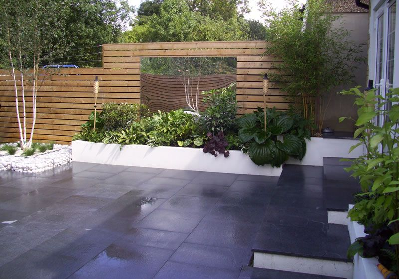 Contemporary garden designs for small gardens google for Modern back garden designs