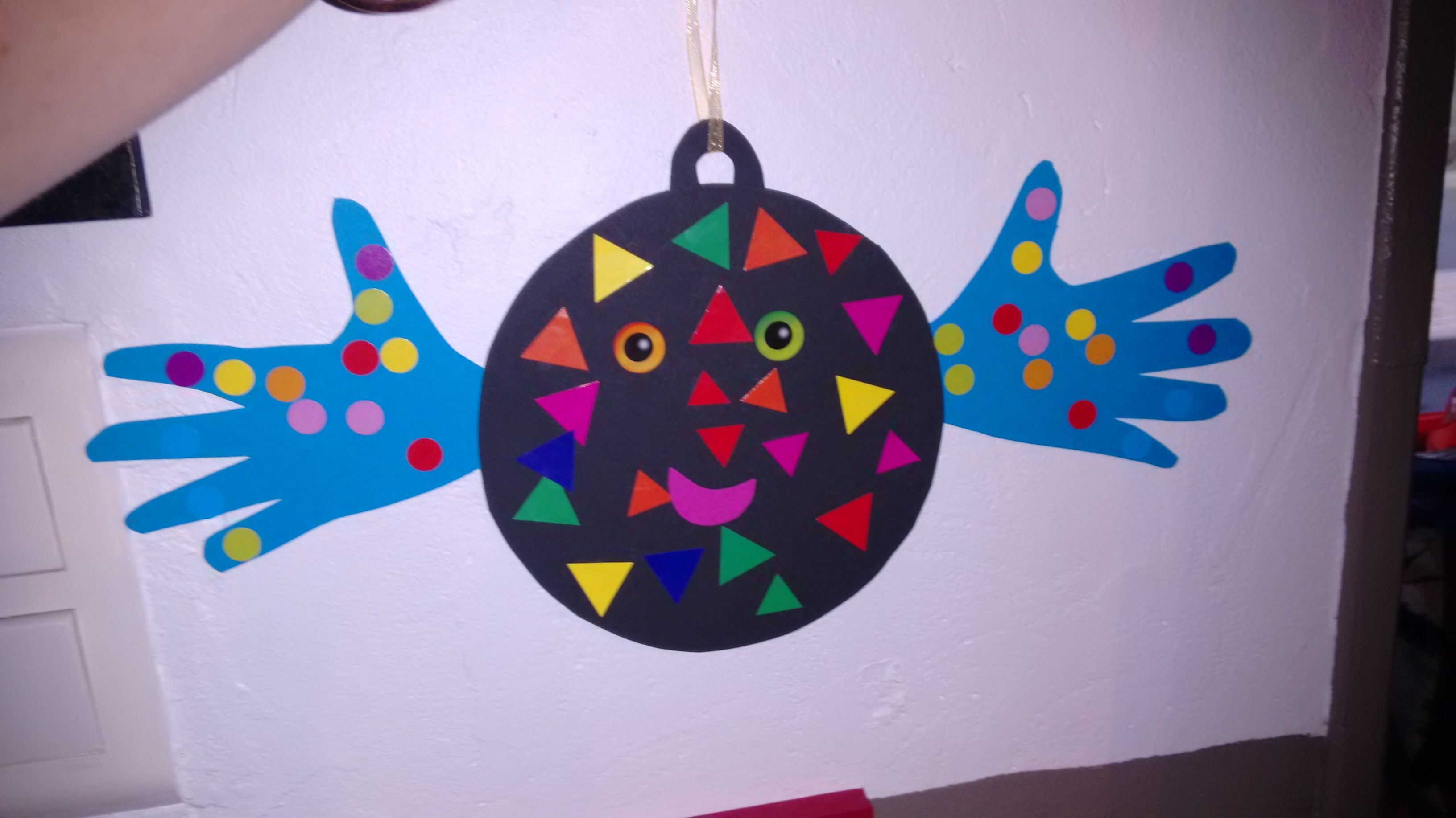 Activité Manuelle Noël tout boulle de noël : activité manuelle pour enfant très simple et