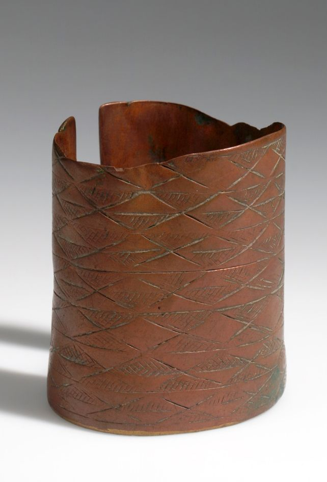 Angola - Bracelet from the Ngumbi (Humbe) people between Cunene and Coporolo-Tchilenges rivers