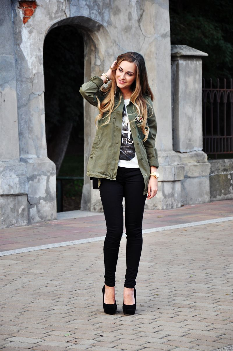 Olive green military shirt over a patterned tshirt with black pants //  Karina in Fashionland