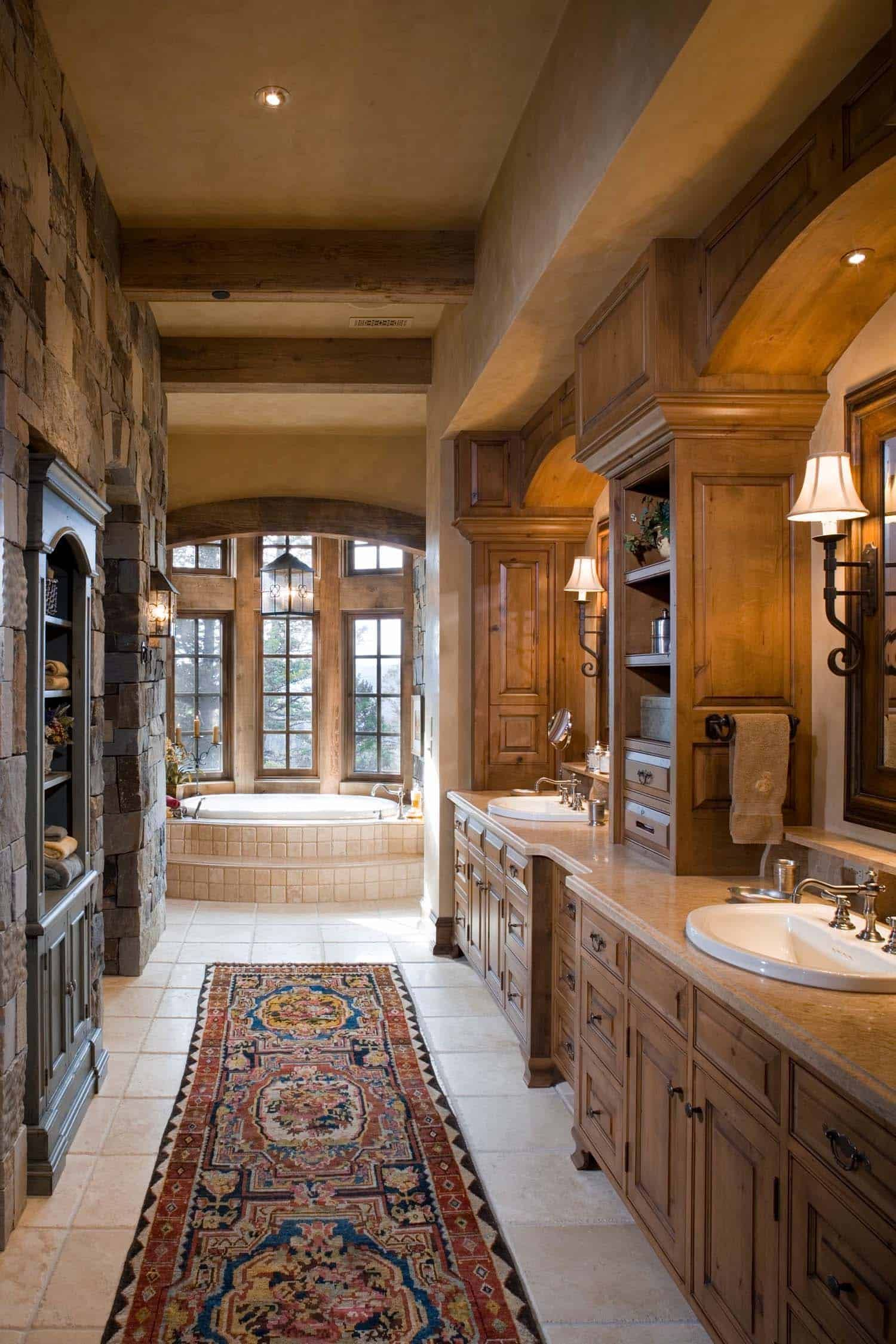 Exquisite Big Sky mountain retreat with timeless details #dreambathrooms