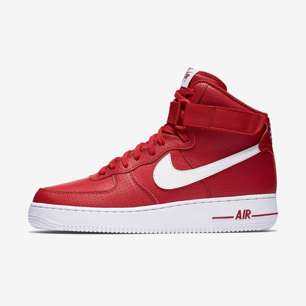 get cheap a1ac5 f6e1a ... The Nike Air Force 1 High 07 Men s Shoe is made with genuine leather  and white and red ...