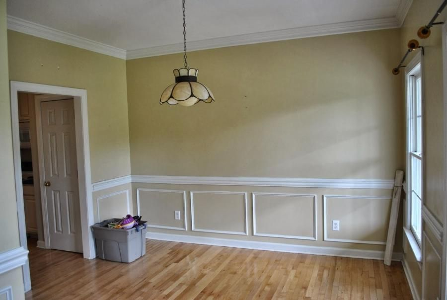 30+ Best Chair Rail Ideas, Pictures, Decor and Remodel ...