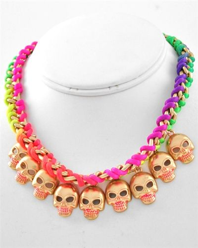 You can find Every style of accessories on this site... Skulls skulls skulls