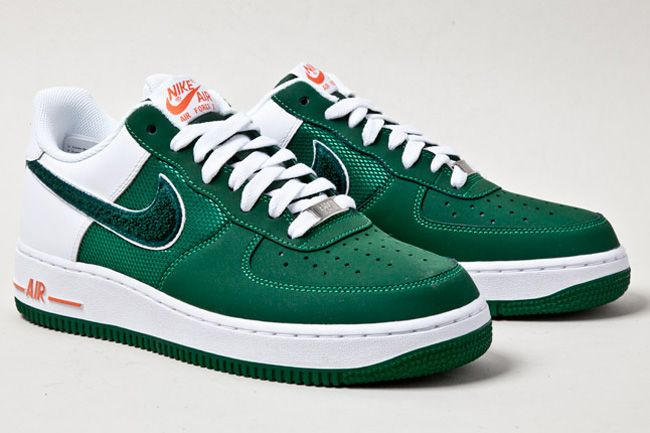 Check out this pair of Nike Air Force 1 Low - Green / White - Orange