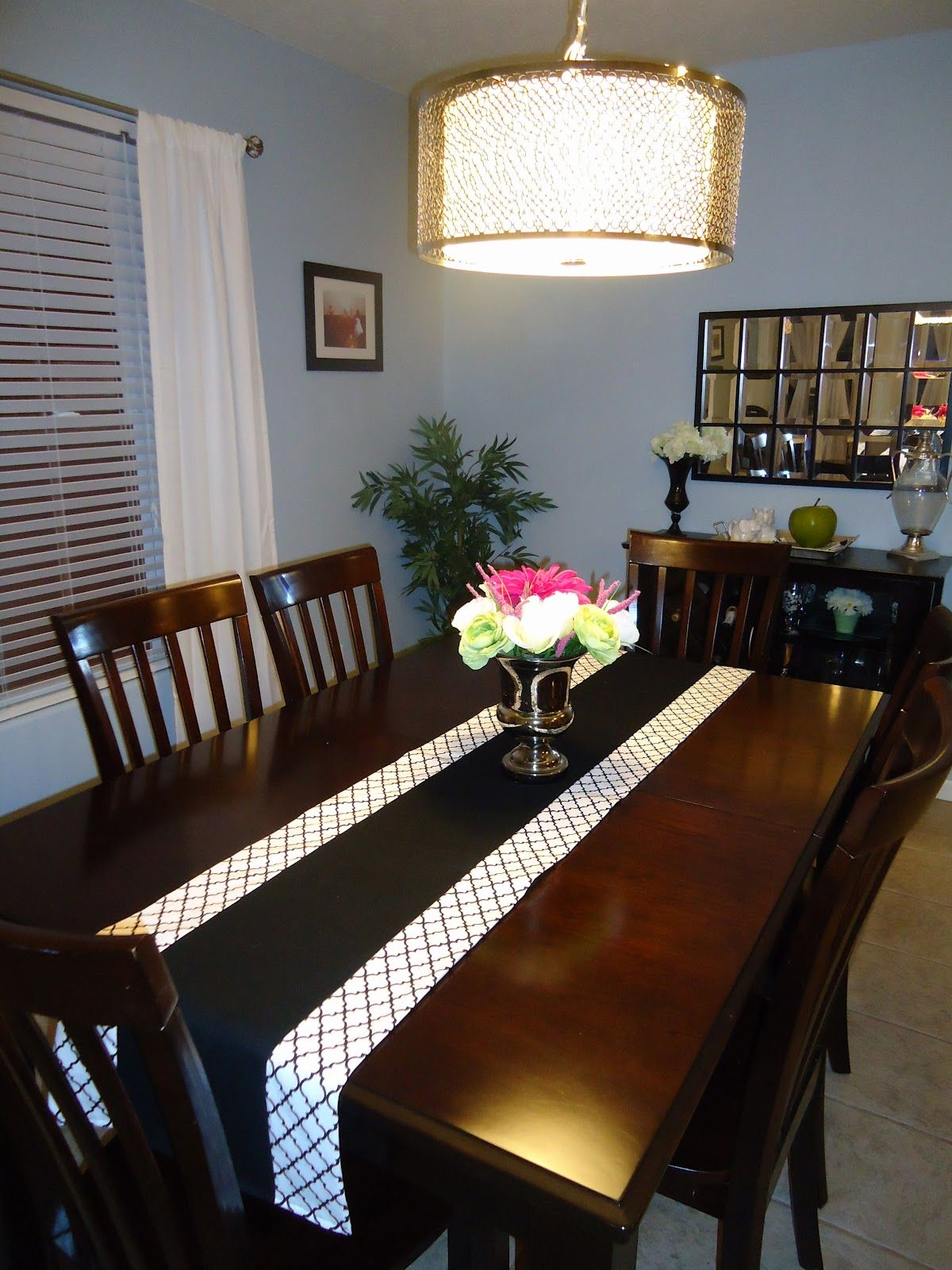 Raeleigh+7.JPG 7,7×7,7 pixels   Table runner diy, Dining ...