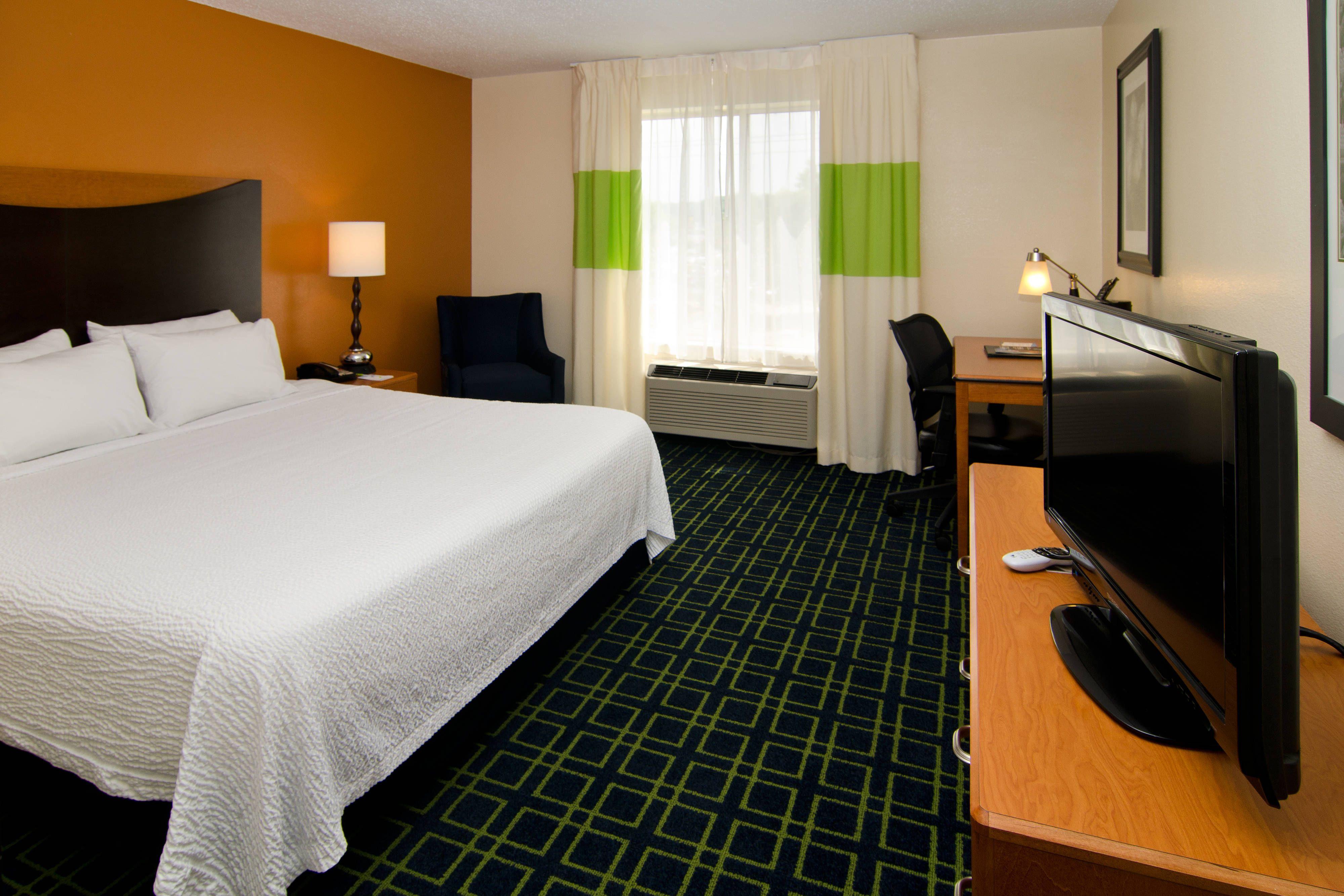 Fairfield Inn St. Louis Fenton King Guest Room Suite,