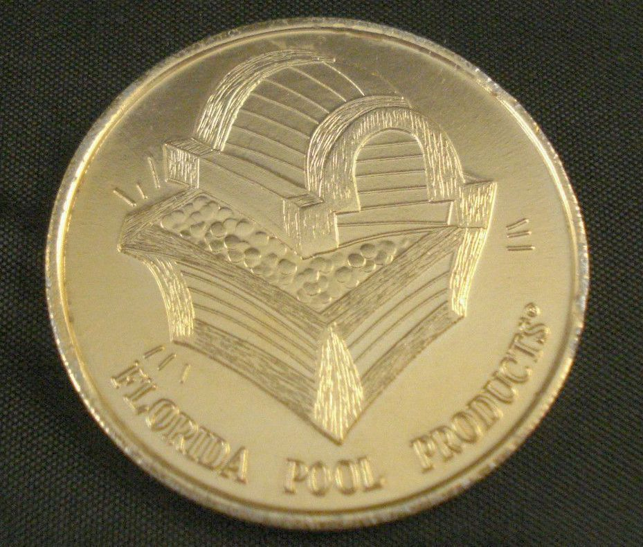 FLORIDA POOL PRODUCTS COIN TOKEN - Pirate & Treasure Chest - Gold