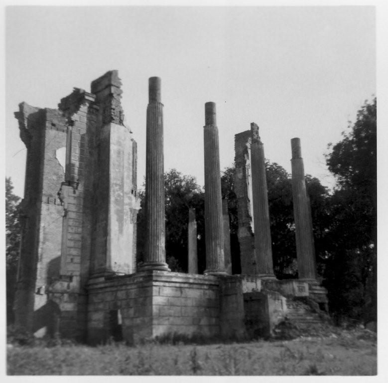 Belle Grove in ruins... BELLE GROVE Plantation style
