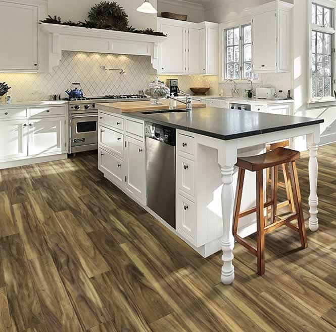 How to combine clean white with mountain wood floors Get ...