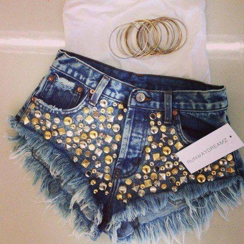 http://fashionl0ve.tumblr.com/