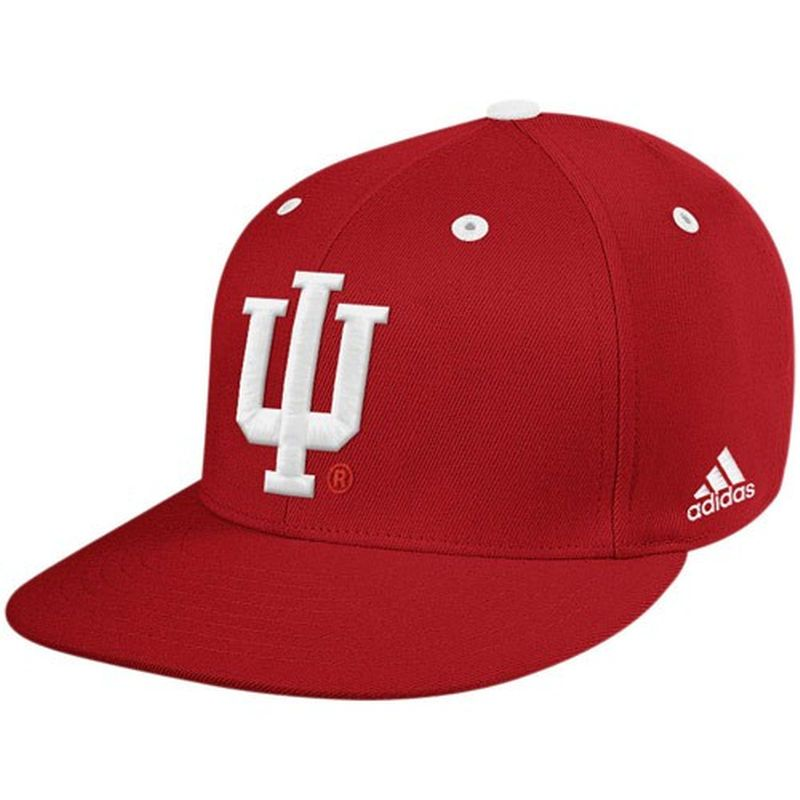 cheap for discount 2c090 f528c adidas Indiana Hoosiers Crimson On-Field Performance Fitted Hat