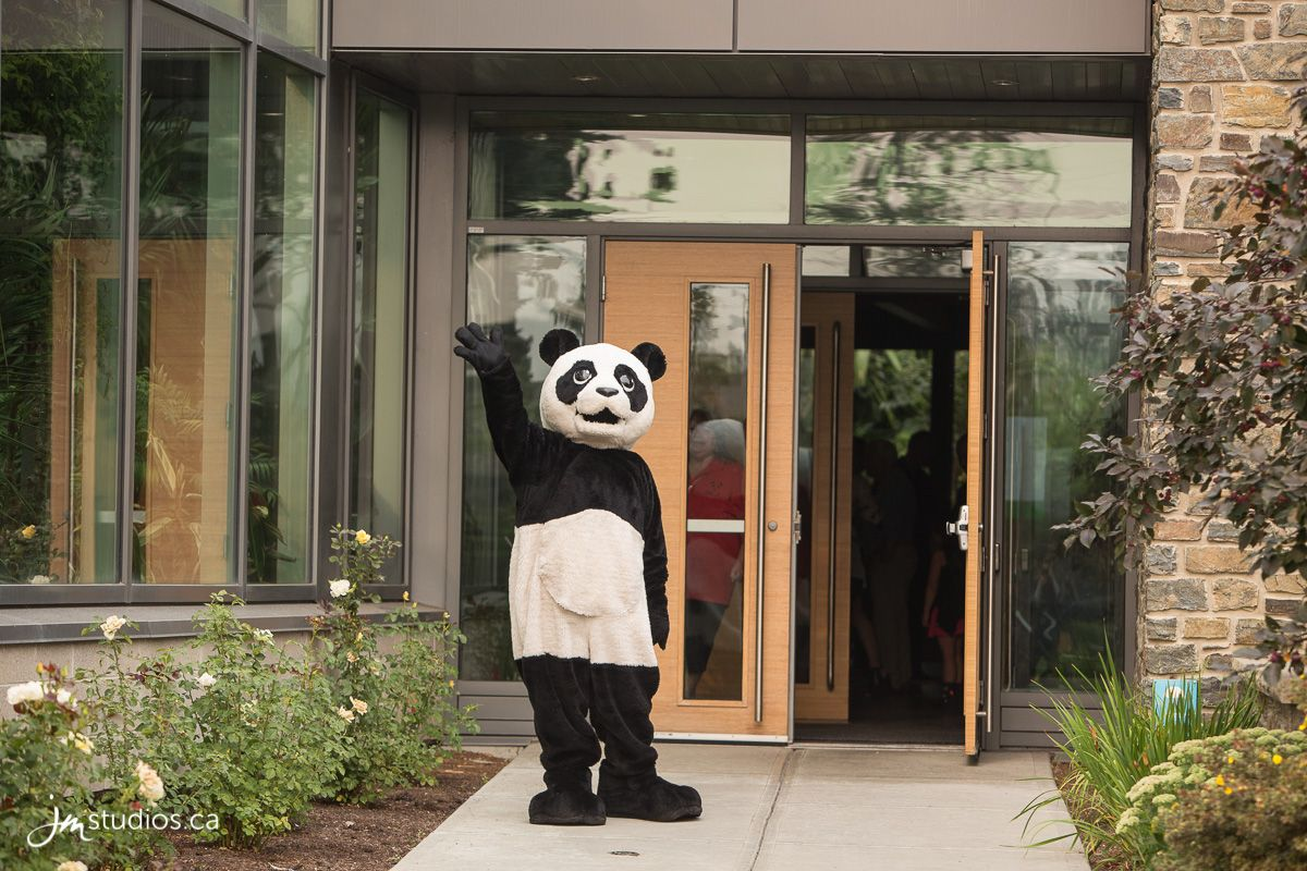 The Eurasia And Panda Passage Event At The Calgary Zoo Zoo Event Photography Event