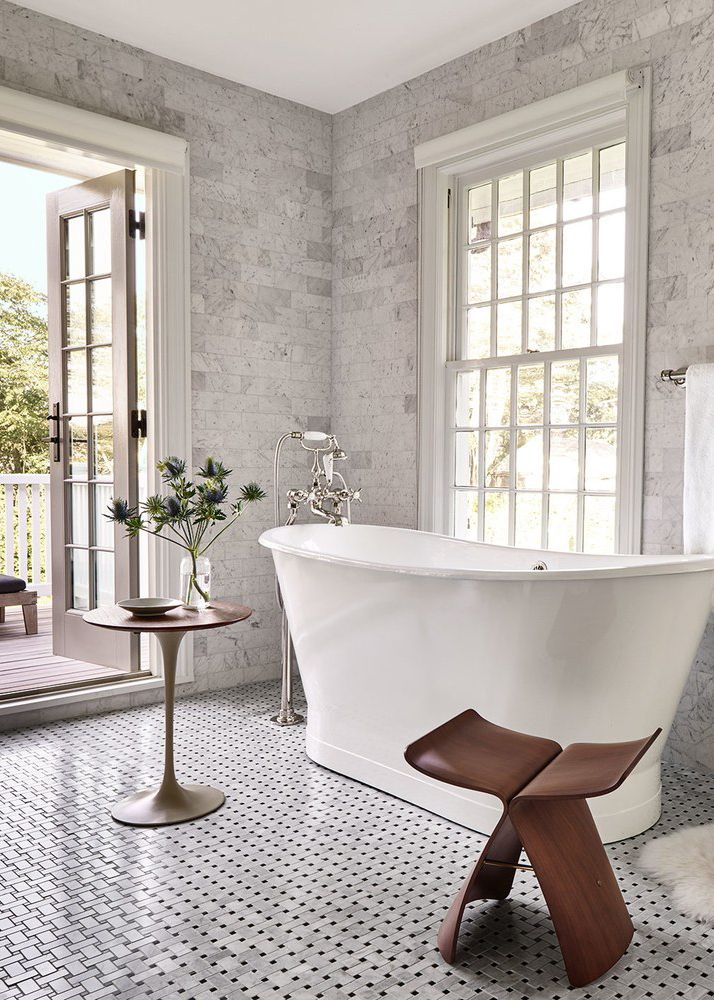 Dream bathroom with french doors and soaking tub house - Pinterest salle de bain ...