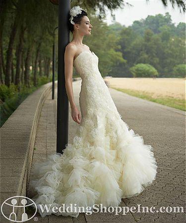 Augusta Jones Bridal Gown Reese / D438 #stunning