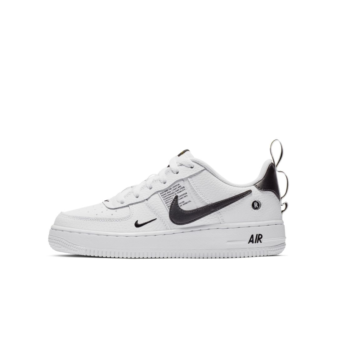 best service 210bf 41a1a Nike Air Force 1 LV8 Utility Big Kids  Shoe Size 4.5Y (White)