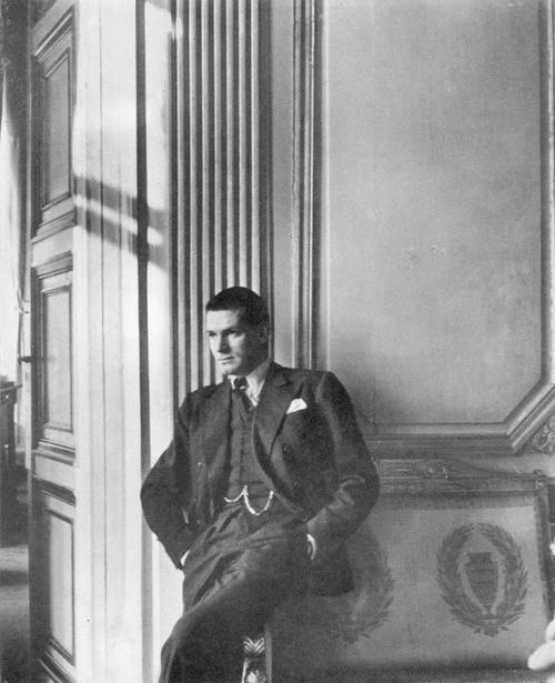 Laurence Olivier at the British Embassy in Paris, 1947 Photo by ...