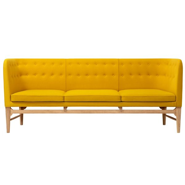 Mayor sofa - A design classic by Arne jacobson from the year 1939  in a new colour.