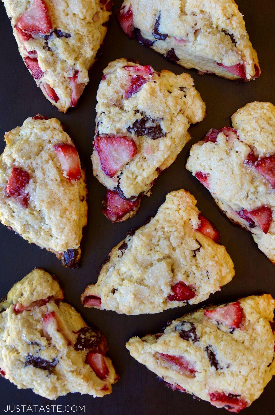Sour Cream Strawberry Scones Recipe From Justataste Com Recipe Breakfast Justataste With Images Strawberry Scones Sour Cream Scones Strawberry Scone Recipe