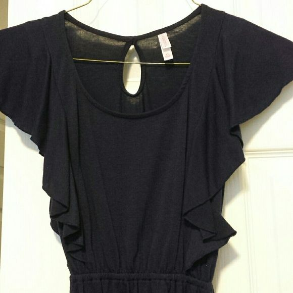 Xhilaration navy blue cotton dress Comfortable navy blue cotton dress with flare! Sleeves extends down to waist creating eye catching silhouette. Cotton belt to enhance the waistline. Great paired with boots. Xhilaration Dresses