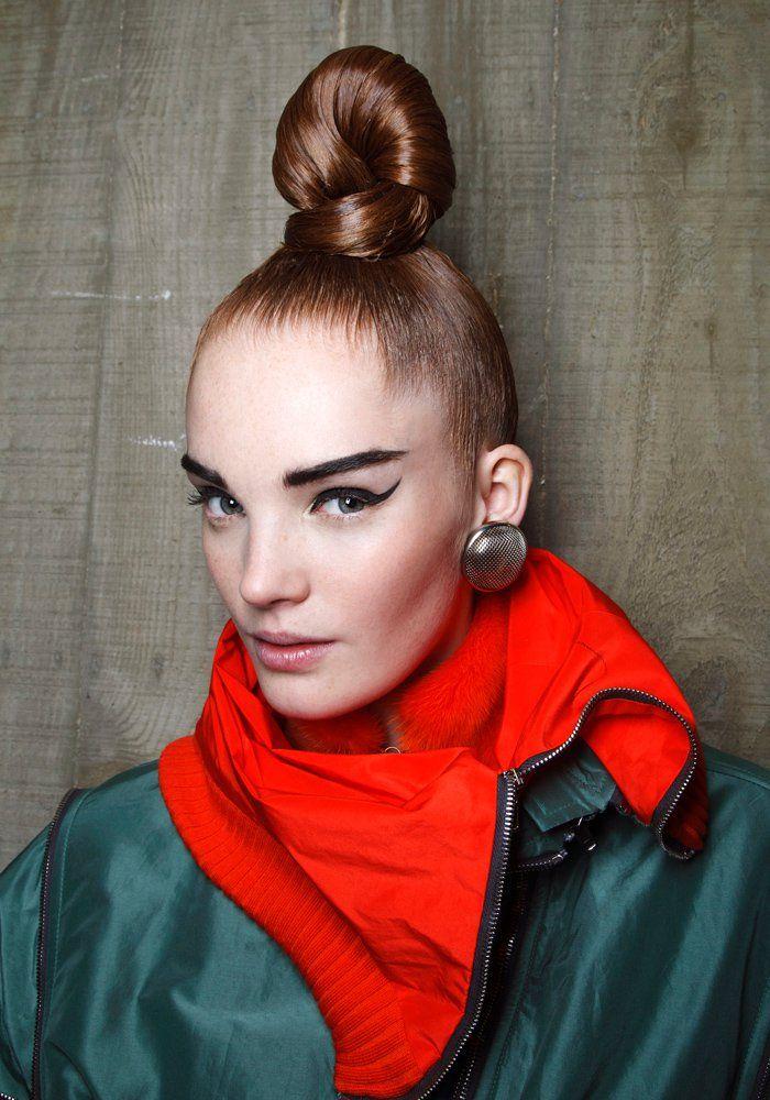 Tresses, bun, barrettes... les idées coiffures à adopter cet été (With images) | Hair catalog ...