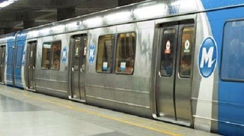 Metrô tem segundo arrastão no Rio O arrastão ocorreu duas semanas depois que 16 pessoas foram assaltadas dentro de uma composição da Linha 1, que seguia para Botafogo.
