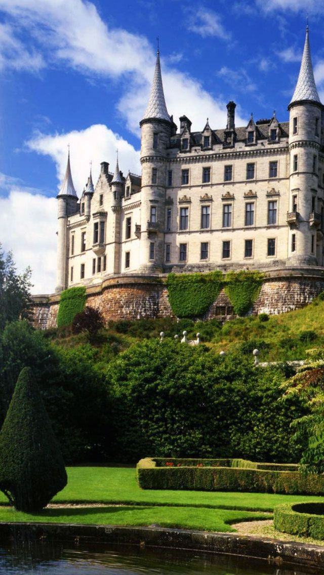 Dunrobin Castle Stately Home In Sutherland Scotland