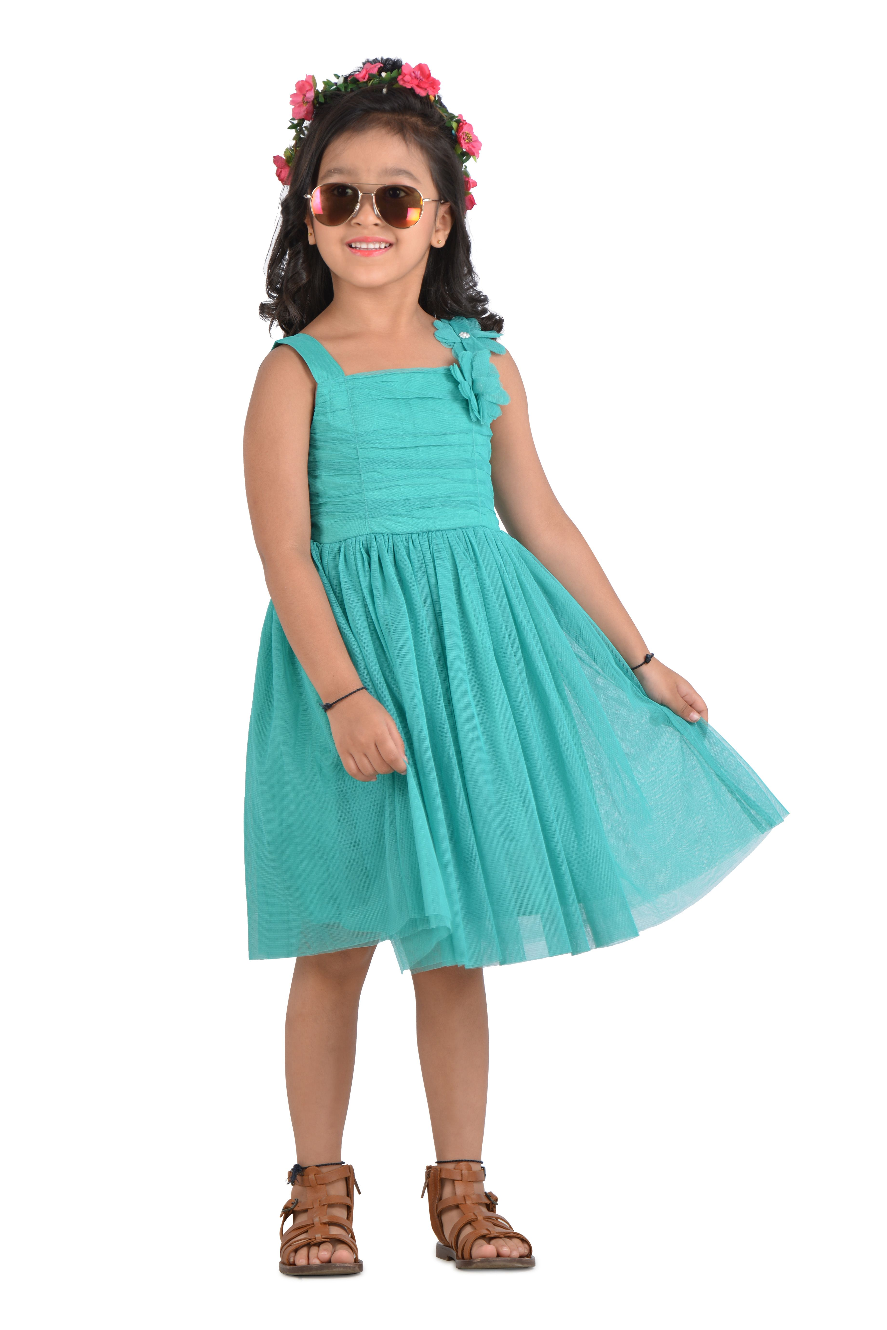 41a99983bd3a Beautiful Sleeveless Party wear Dress for little charming girl. The ...
